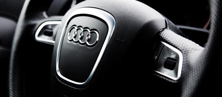 volant voiture Audi