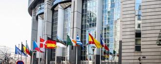 Parlement européen résolution voitures connectées autonomes
