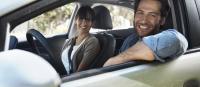 couple en voiture